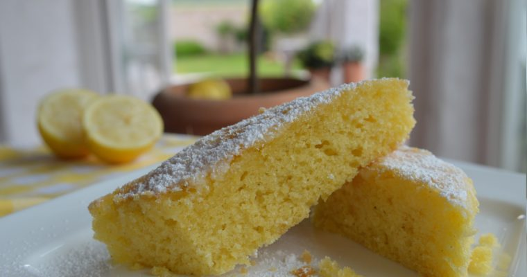 [For everybody who loves lemon] Lemon cake