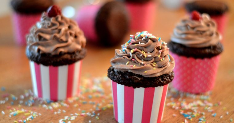 [time to celebrate!] Dark chocolate cupcakes with espresso frosting