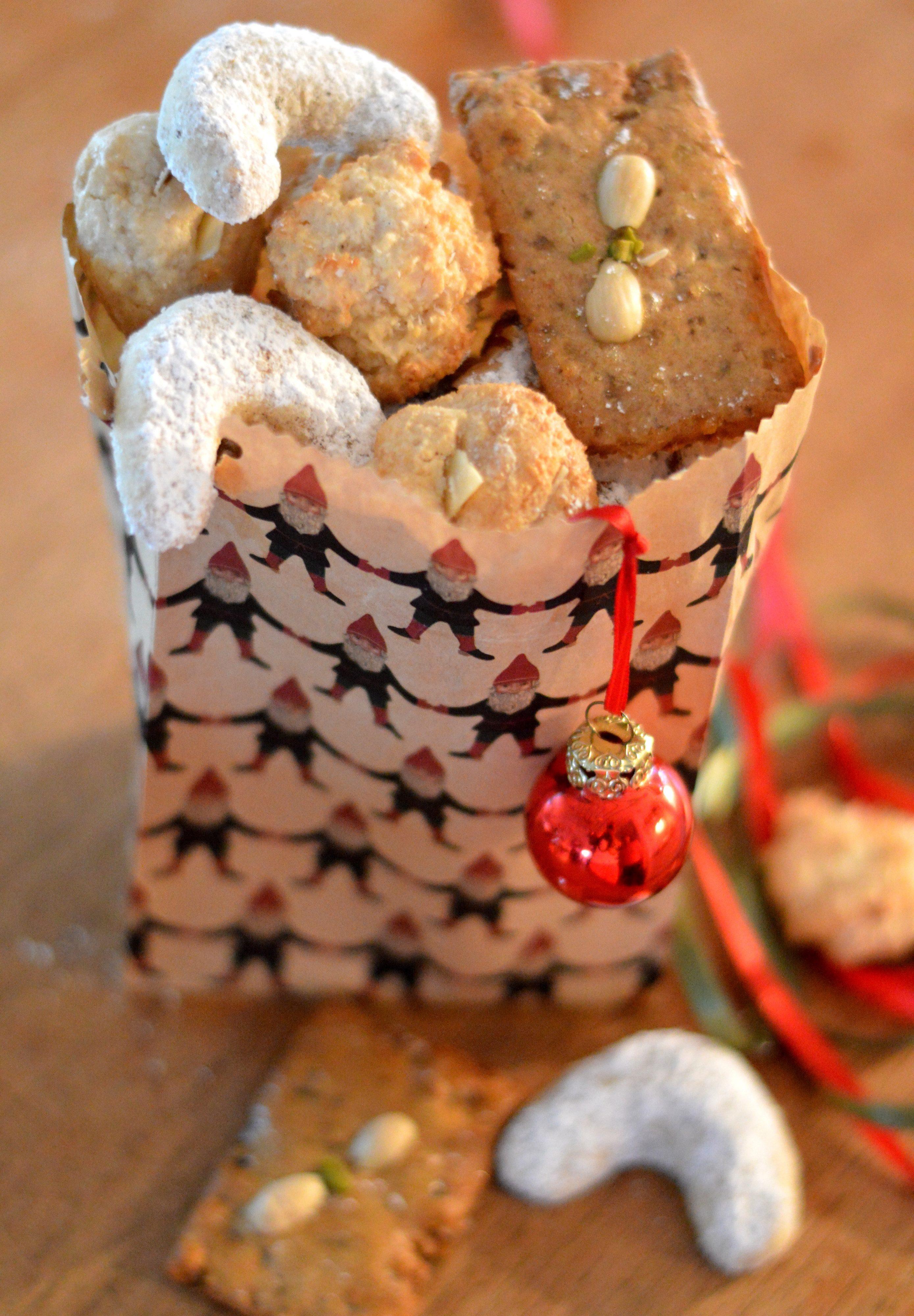 [christmas baking all around germany] Vanillekipferl, Makronen and Printen