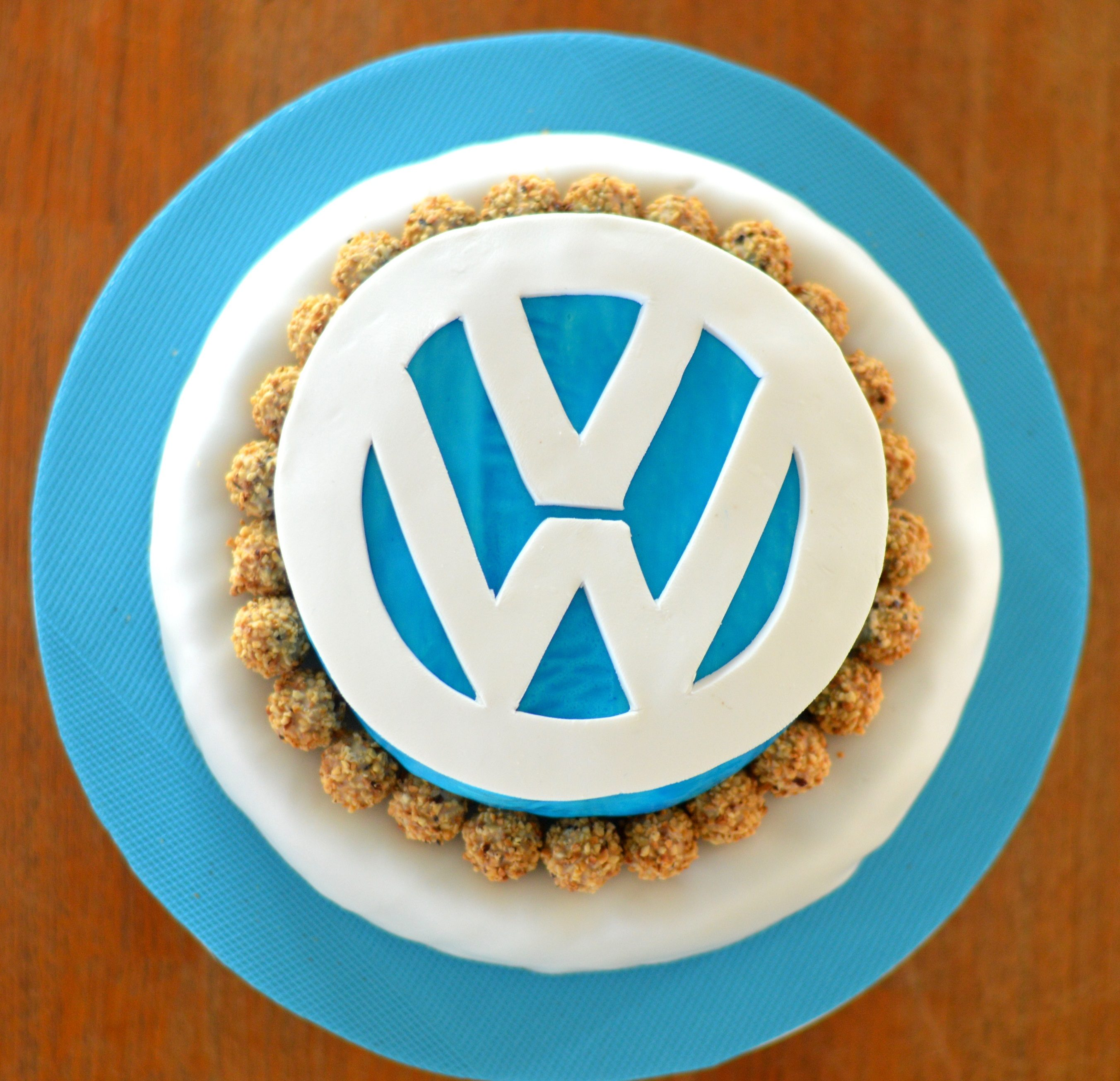 [Happy Birthday, daddy!] Volkswagen birthday cake